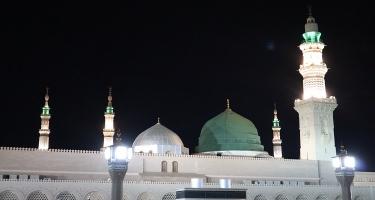 Umrah & Dubai Package - 15 Days
